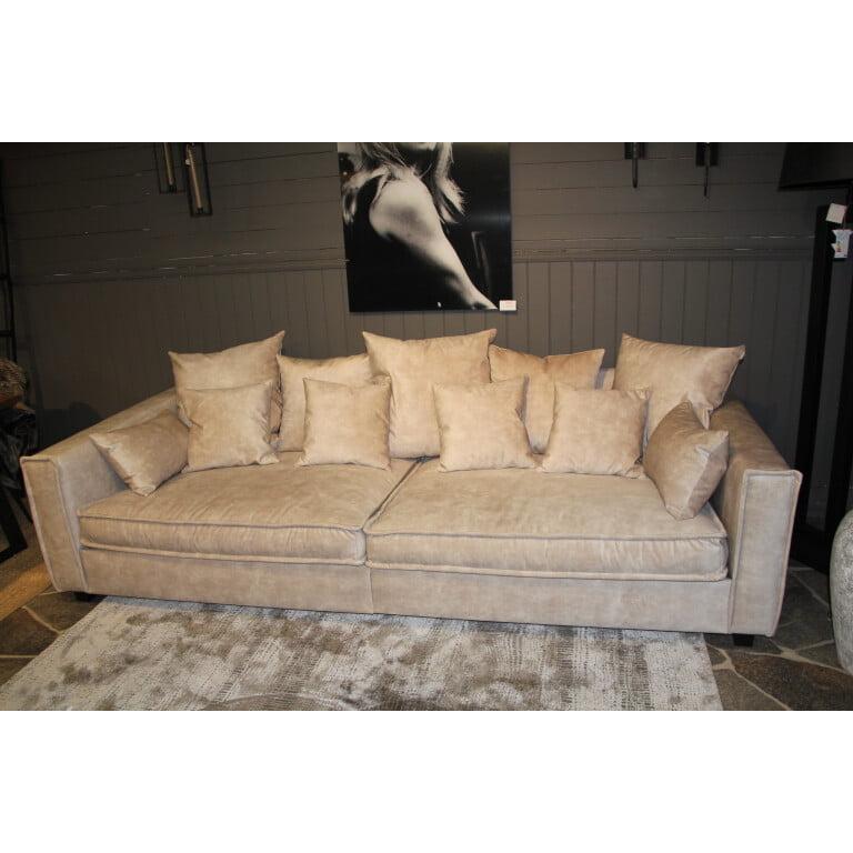 Underbara Amigo 3-sits soffa